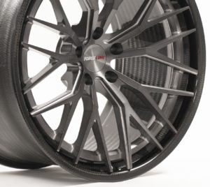 Forgeline Carbon+Forged CF203 in Dark Transparent Smoke