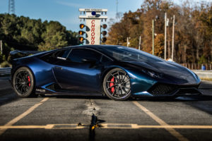 Atlanta Custom Wraps' Lamborghini Huracan on Forgeline Carbon+Forged CF202 Wheels