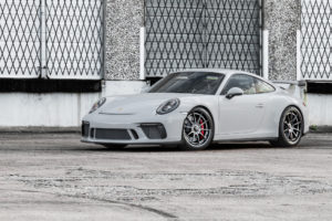 Wheel Experts' Porsche GT3 on Center Locking Forgeline Carbon+Forged CF205 Wheels