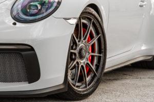 Wheel Experts' Porsche GT3 on Center Locking Forgeline Carbon+Forged CF205 Wheels