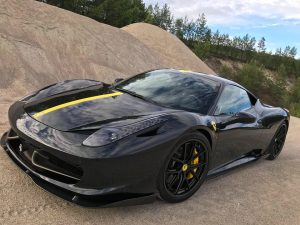 Hans Myhra's Ferrari 458 Italia on Forgeline Carbon+Forged CF201 Wheels
